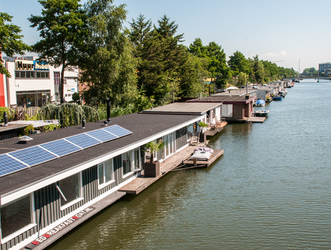 Bed Breakfast Boat - Amsterdam - East of the canals